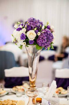 Aranjamente Florale Wedding Centerpieces, Table Decorations, Home Decor, Decoration Home, Room Decor, Home Interior Design, Dinner Table Decorations, Wedding Bouquets, Home Decoration