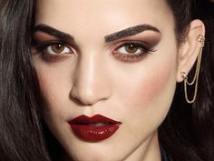 #makeup #brownsmokyeyes #darklips #beauty #makeupartist #makeupSchool #fashion #trends Model Carla Moure ( Agencia civiles) Ph Ines Garcia Baltar