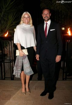Queens & Princesses - Prince Haakon and Princess Mette Marit arrived in Jordan today for a two-day trip. The purpose of this movement which was kept secret is to visit Syrian refugee camps. Norway is a major contributor to assist displaced populations