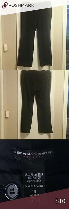 Dress pants Stretch dress slacks in EUC. New York & Company Pants Straight Leg