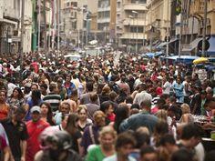 Instituto Data Popular e Serasa Experian mostram a visão de mundo, o potencial de consumo e os diferentes perfis da classe média brasileira