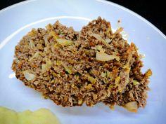 Zbyla nám kapusta a na maso jsme taky měli chuť. Tak jsme si vymysleli sekanou :-) Fried Rice, Fries, Ethnic Recipes, Food, Meal, Eten, Meals, Nasi Goreng, Stir Fry Rice