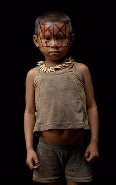 Columbia   Nukak Maku child.  Guaviare Jungle   ©Jean Pablo Gutierrez