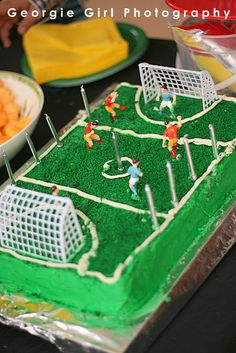Soccer cake for kian Soccer Birthday, My Birthday Cake, Soccer Party, 6th Birthday Parties, Sport Cakes, Soccer Cakes, Fancy Cakes, Cute Cakes, Cupcake Party
