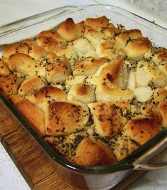 Garlic Monkey Bread used pillsbury grands flaky layers, yummylicious