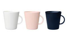Arabian KoKo-sarjan mukisetti, 15 €/2 kpl. Sisältää kaksi mukia. Koko: 0,35 l. Värit: valkoinen, vaaleanpunainen ja mustikka. Norm. 27,80–28,80 €/2 kpl. Iittala, E-taso