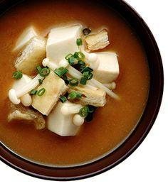 えのきと油揚げと豆腐のみそ汁