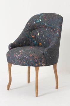 the perfect chair for an art studio.. no worries about getting paint anywhere!
