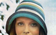 Colorati giri di maglia bassa per realizzare questa cloche che abbiamo di seguito realizzato in cotone, ma che nessuno vieta di confezionare con della lana: tutto dipende dall'utilizzo che ne farete. Crochet Wool, Crochet Hats, Crochet Clothes, Knitting, Hobby, Hat Patterns, Nice Things, Crocheting, Top