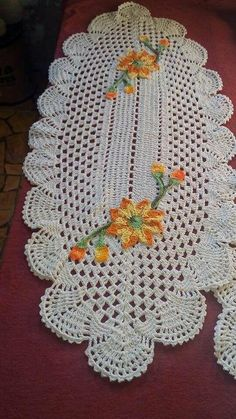 Knitting baby blankets pattern free lace new Ideas Crochet Table Runner Pattern, Crochet Skirt Pattern, Crochet Edging Patterns, Doily Patterns, Square Patterns, Booties Crochet, Fingerless Gloves Crochet Pattern, Crochet Doilies, Crochet Flowers