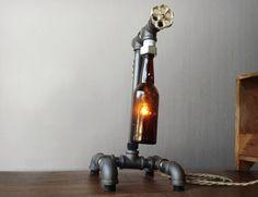 Lamps made of bottle Lamparas creadas con botellas Lampes en bouteilles Lampen von flaschen