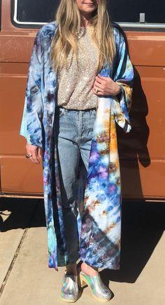 Smart Buys! Indian Handmade Caftan Cardigan Tie Dye Colorful Elegant Women Wear Beach Wear Bikini Cover Up Dress Boho Shibori Tunic starting from $45.99 See more. 🤓 #KimonoCardigan #BohemianKimono #kimono #BohoKimono #BohemianClothing #WomensClothing #BohoClothing #GiftForHer #KimonoJacket #BeachKimono Bohemian Kimono, Beach Kimono, Boho Dress, Fashion Fabric, Kimono Fashion, Kimono Cardigan, Tunic, Tie Dye Maxi, Festival Dress