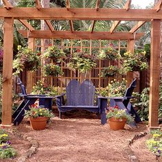 Mulch patio from better homes and gardens, great inspiration for the one I'm going to do in my backyard. More organic looking than concrete and easier on the pocketbook,