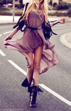 Street style boho vaporous dress (Just a Pretty Style) Fashion Mode, Love Fashion, Trendy Fashion, Womens Fashion, Emo Fashion, Gothic Fashion, Fashion Styles, Steampunk Fashion, Style Fashion