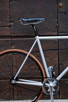ucycles_2F1_2