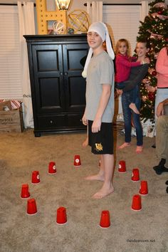 10 New Years Eve Minute to Win It games. These'd be good any time you need to keep the kids busy. Play some fun New Year's Eve Minute to Win It Games at your New Year's Eve Party. Also great for any time of the year. New Years Eve Games, Kids New Years Eve, New Years Activities, New Years Party, Activities For Kids, New Years Eve For Families, New Years Eve Party Ideas For Family, Cabin Activities, New Years Eve Food