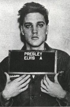 "NATION - ""Father of Rock and Roll"" Elvis Presley dies of a heart attack. His death reveals the constantly changing nature of the music industry. Rock And Roll, Celebrity Mugshots, Celebrity Costumes, Music Rock, Pokerface, Marlon Teixeira, Celebrity Gallery, Celebrity Photos, Mug Shots"