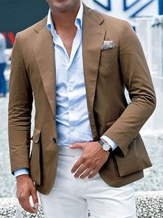 Channel your inner expert in men's style and pair a brown blazer with white dress pants. White Dress Pants, White Trousers, Men Dress, Sharp Dressed Man, Well Dressed Men, Fashion Mode, Mens Fashion, Fashion Outfits, Stylish Men