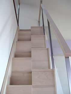 1000 images about muro on pinterest deco tes and display for Escaleras para espacios pequenos