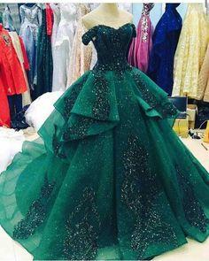 #Sparkly #Emerald #Gown #BallGown #Dresses #Prom #PartyDress #EveningWear #EveningDress