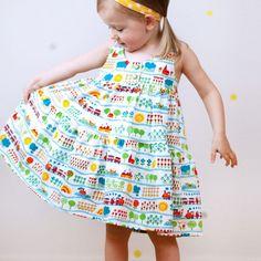 Tolles Schnittmuster für Mädchen: das Kleid Comfy Knit dress von Igbstudio. Den tollen Jersey findet ihr bei uns im Shop.