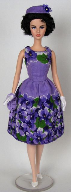 Barbie dress made from a vintage hankie -- Blooming violets dress for Silkstone Barbie by HankieChic on Etsy Barbie Dress, Barbie Clothes, Dress Up, Barbie Outfits, Barbie Stuff, Vintage Barbie, Vintage Dolls, Violet Dresses, Poppy Parker