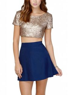 Looking for Divas Love Women's Glitter Sequins Backless Crop Top T-Shirt ? Check out our picks for the Divas Love Women's Glitter Sequins Backless Crop Top T-Shirt from the popular stores - all in one. Sequin Crop Top, Gold Top, Black Gold, Cropped Tops, Long Tutu, Outfit Semi Formal, Tutu En Tulle, Blusas Crop Top, Women's Jackets