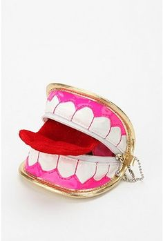 Teeth coin purse. Put your money where your mouth is!