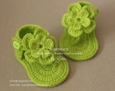 Crochet baby sandals, gladiator, booties, shoes, handmade, green, apple green, READY TO SHIP, size 3-6 months