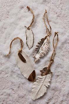 Gold Flecked Feather Ornament   Write Things Inside Feathers And Use A  Leather String