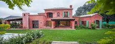 Resultado de imagen para pereyra iraola arquitecto Fachada Colonial, Hacienda Style, Spanish Style, Ideas Para, New Homes, Sweet Home, Lounge, Farmhouse, House Styles