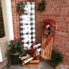 19 Brilliant ideas for Outdoor Christmas Brilliant ideas for Outdoor Christmas decorations: Giant Christmas Lollipops - Diy Crafts You & Home Design Best Outdoor Christmas Decorations, Christmas Porch, Christmas Design, Rustic Christmas, Simple Christmas, Christmas Holidays, Christmas Crafts, Holiday Decor, Outdoor Decorations
