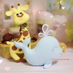 Интерьерные игрушки сшиты на заказ для милой девушки Риты @r.kostenko Жирафик и Кит . p.s.кит тоже такой не маленький получился☺☺☺ общий размер 22х20см и очень знаково для меня но об этом чуть позже . #подароксебелюбимой #скороновыйгод . #fetrova_игрушки . . #интерьернаяигрушка #добрыеигрушки #теплыеигрушки #безфильтров #подаркилюбимым #подаркиродным #подаркидрузьям #ёлочныеигрушкиизфетра #изфетра #авторскаяигрушка #длядетей #волшебсво #игрушкиручнойработы #игрушкии...