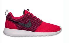 Nike Roshe Run Fuchsia Force Available Now