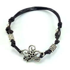 Bransoletka wykonana ręcznie z brązowego sznurka bawełnianego i ażurowego łącznika kwiatka. Pandora Charms, Lens, Charmed, Metal, Bracelets, Jewelry, Jewlery, Jewerly, Schmuck