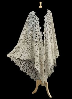 Brussels Duchesse lace wedding shawl, 19th century, from the Vintage Textile archives.