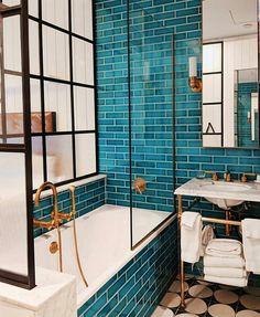 kamar hotel Bathroom goals at The Williamsburg Hotel - Bathroom goals at The Williamsburg Hotel Teal Bathroom Decor, Bathroom Renos, Bathroom Interior Design, Small Bathroom, Bathroom Goals, Bathroom Ideas, Bathroom Organization, Remodel Bathroom, Bathroom Designs