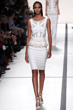 Elie Saab Spring 2014 White Elegant Knee Dress