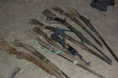 Hot News Naija: TROOPS CARRY OUT SPECIAL OPERATION, RESCUED 400 PE...