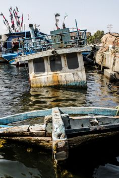 Uncategorized photo by Med Amine Mhennaoui Abandoned Ships, Abandoned Cars, Abandoned Buildings, Abandoned Places, Haunted Places, Spooky Places, Float Your Boat, Old Boats, Shipwreck