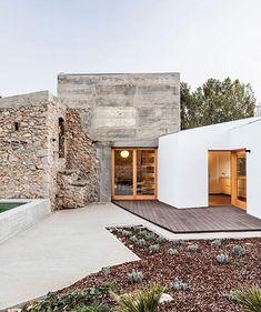 ❤️ derelict stone heritage building in northern Spain restored by @d.artaller 📷 @adriagoulaphoto via @designboom .⠀ .⠀ .⠀ .⠀ .⠀…
