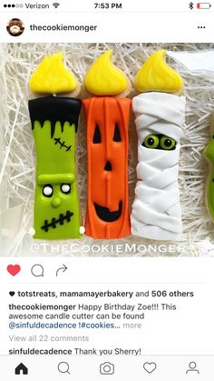 Halloween sugar cookies that will be perfect for spooktacular School Parties - Halloween Ideas - Grandcrafter - DIY Christmas Ideas ♥ Homes Decoration Ideas Halloween Desserts, Halloween Cookies Decorated, Halloween Sugar Cookies, Halloween Goodies, Halloween Cakes, Halloween Treats, Decorated Cookies, Halloween Biscuits, Fall Cookies