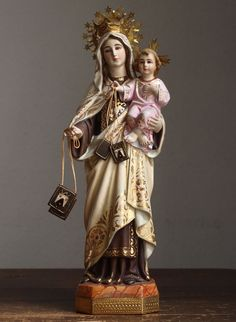 Etsy のOur Lady Of Mt. Carme Madonna and Child Glass Eyes Statues Spain Religious Antiques/347(ショップ名:GliciniaANTIC)