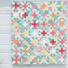 Love the color and pattern of this pretty quilt Lammon made using… Star Quilts, Scrappy Quilts, Baby Quilts, Quilt Blocks, Handmade Quilts For Sale, Plus Quilt, Cross Quilt, Quilt Modernen, Colorful Quilts