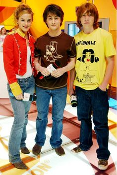 Harry potter days... Why r Emma Watson and Daniel Radcliffe wearing matching shoes?