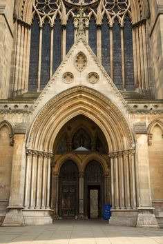 St Albans Cathedral St Albans, Masons, Great Britain, Art History, Barcelona Cathedral, Past, Art Projects, Carving, English