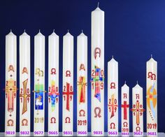 Osterkerzen Ø 80mm Candels, Pillar Candles, Kirchen, Color, Home Altar, Decorated Candles, Custom Cars, Crafts, Easter Activities