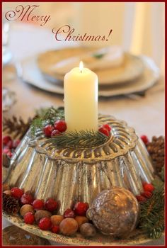 Aiken House & Gardens LOVE this idea! Can be done for any holiday! Christmas Candles, Primitive Christmas, Christmas Centerpieces, Country Christmas, Winter Christmas, Christmas Home, Vintage Christmas, Christmas Decorations, Christmas Ornaments