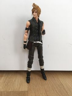Prompto Argentum figure by Play Arts Kai (Arrived yesterday) 4065f4fb6