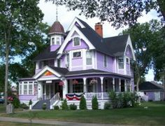 Image detail for -think of eclectic Victorian homes, complete with turrets, bright ...